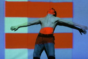 Synchromy by Norman McLaren and dancer